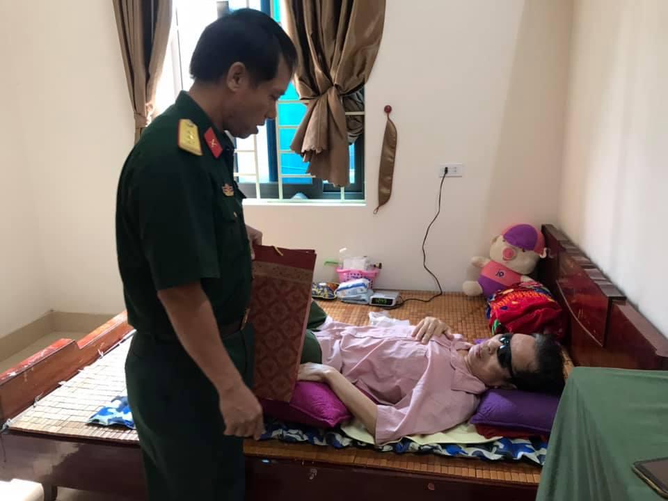 Hoạt động thường niên: Công Đoàn Trung tâm GDQP&AN tri ân các gia đình thương binh liệt sĩ nhân ngày 27/7